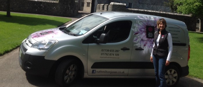 Local flower deliveries in Swansea, Llanelli and the Gower