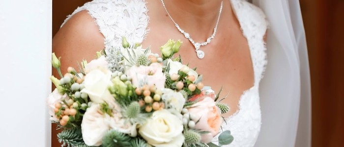 Bridal Bouquets in Swansea, Llanelli and the Gower - Wedding Bouquets