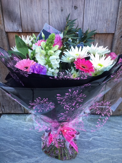 mother's day 2019 classic hand tied